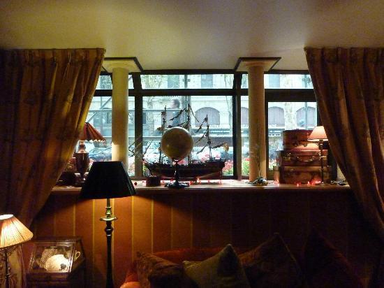 Hotel Britannique: Guest  lounge