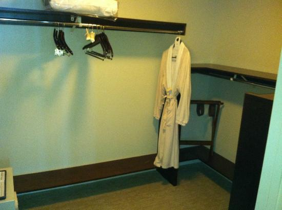 Hilton Fort Lauderdale Beach Resort: Penthouse guest bedroom walk-in closet with Hilton guest robe (you can purchase)
