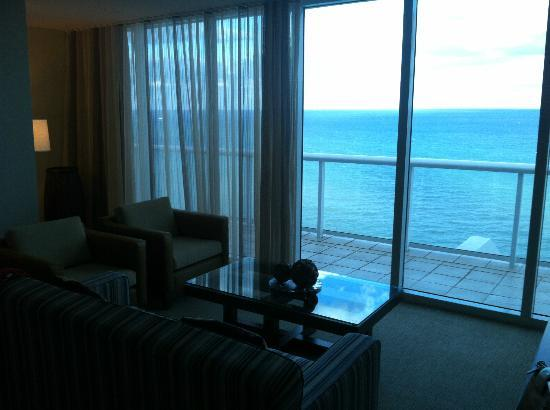 Hilton Fort Lauderdale Beach Resort: Penthouse oceanfront view
