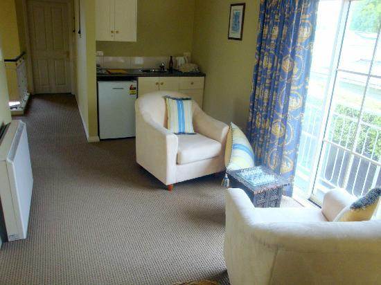 Heatherston Boutique Bed and Breakfast: The sitting area