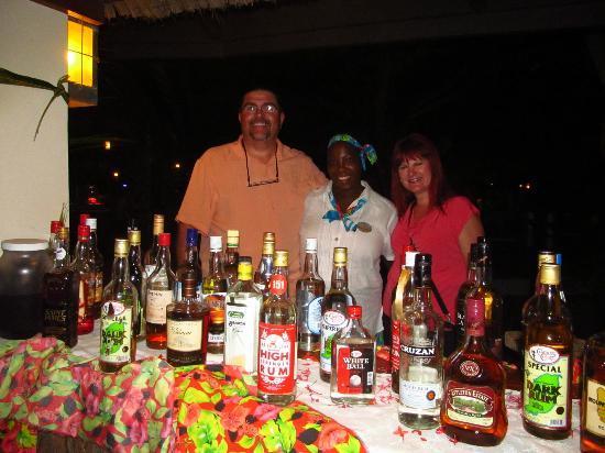 Palm Island Resort & Spa: happy rum smiles