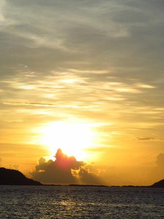 Palm Island Resort & Spa: Sunsets magnifique!