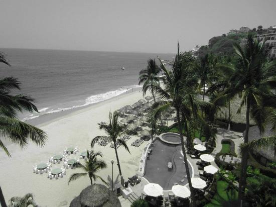 Hyatt Ziva Puerto Vallarta: View from our balcony