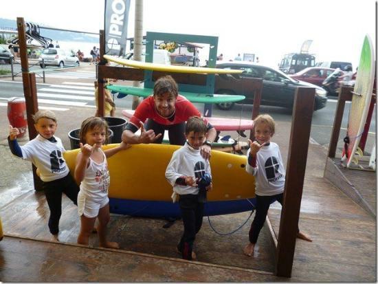 Ecole de Surf Lehena : Les Baby Surfeurs de la Formule KIDS (6-8 ans)