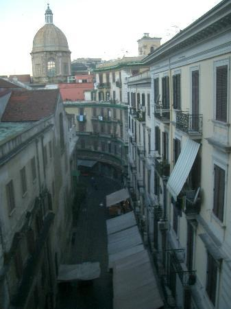 UNA Hotel Napoli: View from the room.