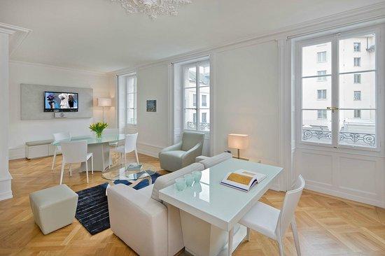Swiss Luxury Apartments: Deluxe Apartment