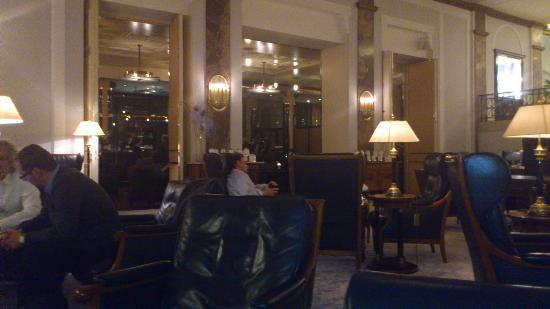 Hotel Atlantic Kempinski Hamburg: Eine Lobby die zum verweilen einläd