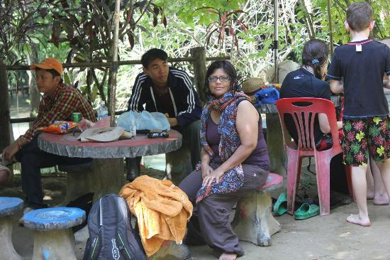 Lao Spirit Resort: You have a packed lunch at the falls