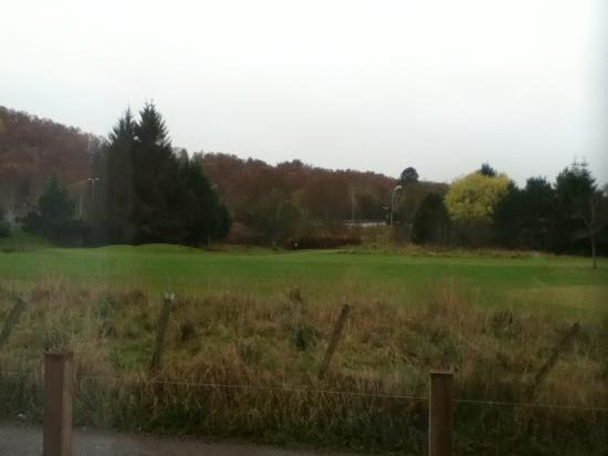 Premier Inn Inverness West Hotel: View from room overlooking golf course