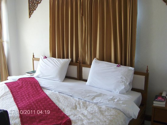 Hua Hin White Villa Hotel: Nice and clean room