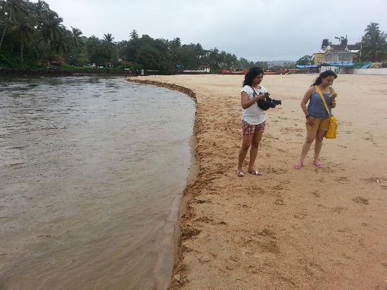 Baga, الهند: Beautiful Girls on Baga Beach Goa 