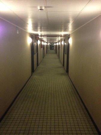 Assago, อิตาลี: pazzesco un hotel da incubo