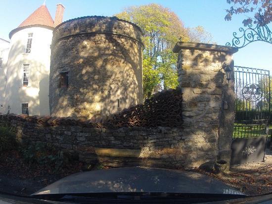 Château de Morey : Entrance