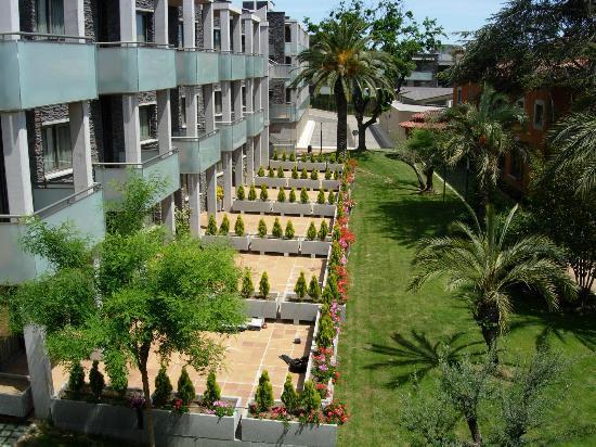 Aparthotel Ciutat de Palol: Edifició Apartamentos