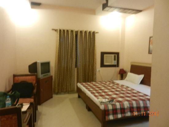 Hotel Sarovar Regency : Room 214