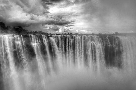 Gorges and Little Gorges Lodge : The mighty Victoria Falls