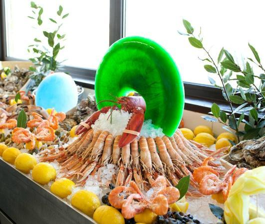 Chambray-Les-Tours, Francja: Banc de Fruits de Mer