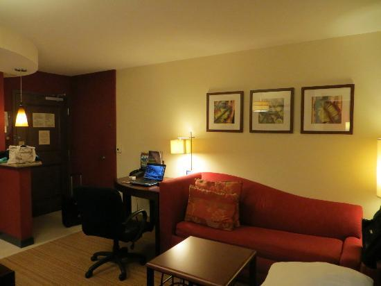 Residence Inn by Marriott Miami Airport: Sitting Area