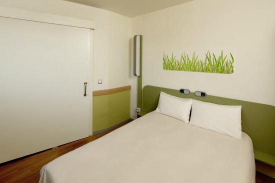 Ibis Budget Lleida: Habitación cama matrimonio