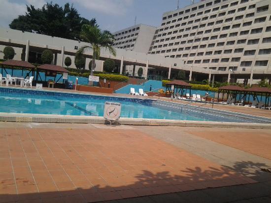 Sheraton Abuja Hotel: pool