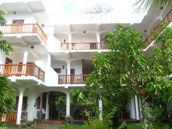 Unawatuna Nor Lanka Hotel: front of hotel