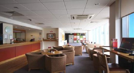 Travelodge Cambridge Central Hotel: Bar Cafe 1