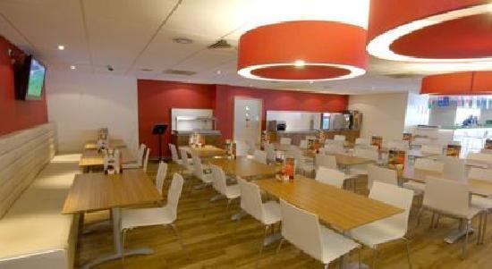 Britannia Edinburgh Hotel: Bar Cafe