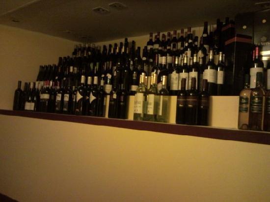La petite cave bar a vin milaan restaurantbeoordelingen - Petite cave a vin ...