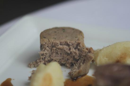 Rossini at the Leatherne Bottel: lamb block