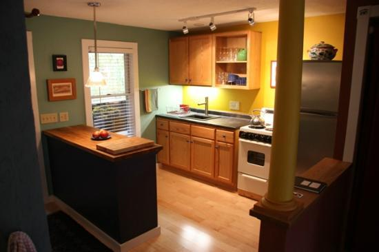 Dubuque Lane Guest House: Kitchen