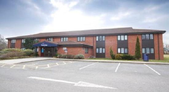 Travelodge Ludlow Woofferton Hotel: Carpark