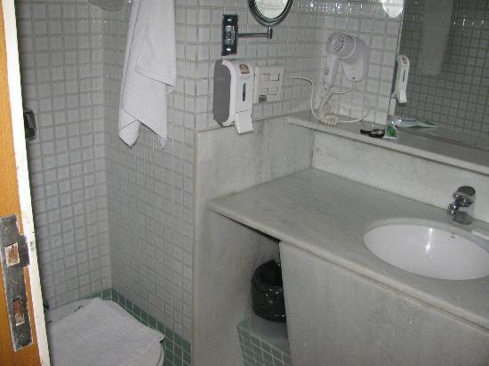 Augusto's Rio Copa Hotel: bathroom