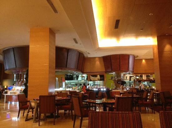 The Ritz-Carlton Jakarta, Mega Kuningan: Asia Room - Breakfast room