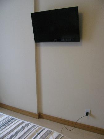 Augusto's Rio Copa Hotel: Flat screen TV