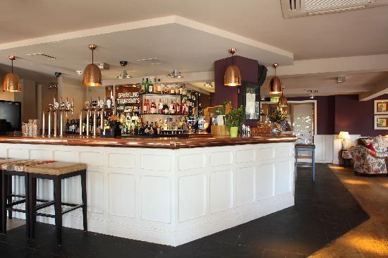 Innkeeper's Lodge Tunbridge Wells, Southborough : Hand And Sceptre