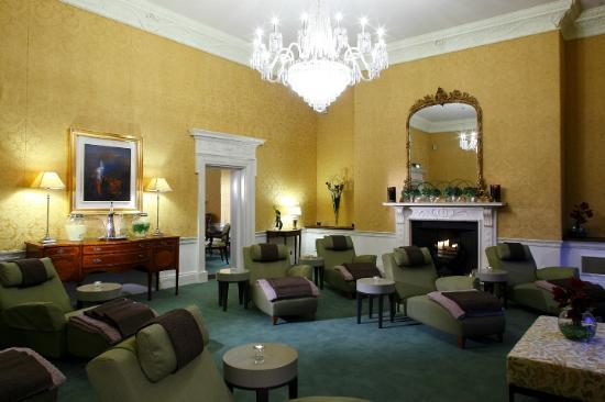 The Shelbourne Dublin, A Renaissance Hotel: Luxury Spa Relaxation Room