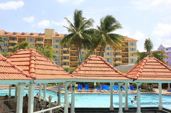 Jewel Dunn's River Beach Resort & Spa, Ocho Rios,Curio Collection by Hilton: View from pool