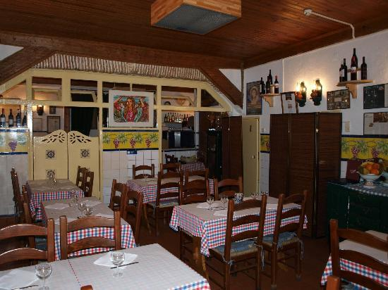 Varina da Madragoa: sala