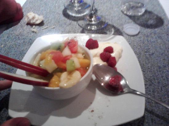 Quillen Hotel & Spa: Ensalada de frutas