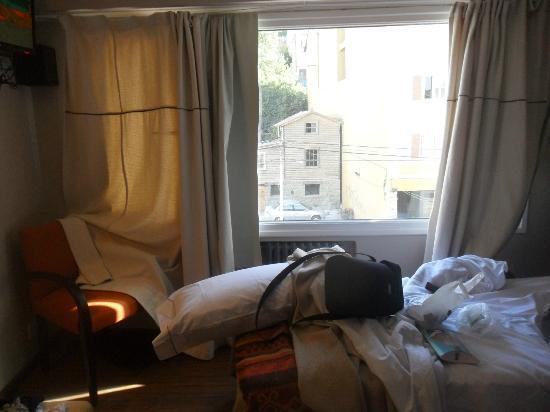 Quillen Hotel & Spa: Habitacion, chica pero confortable
