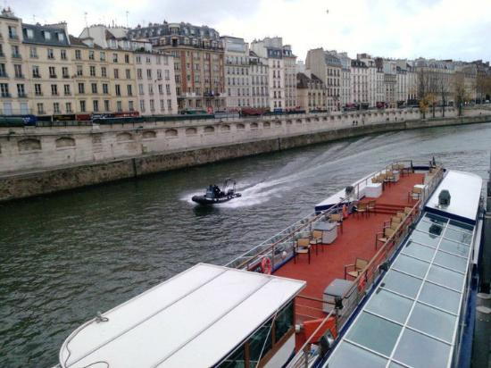 Paris en Scene - Diner croisiere: paris en scene