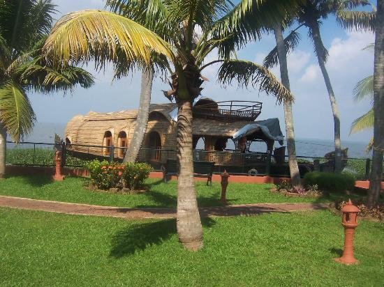 Whispering Palms Resort