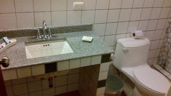 Terramaya: Bathroom