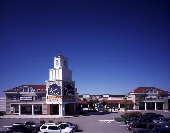 wrentham village premium outlets 2018 all you need to