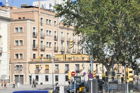 Hotel Oasis: vista do hotel