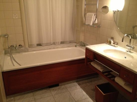 Hotel Diplomat: sdb