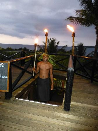 Wananavu Beach Resort: Every night at sunset you hear drums and out comes the torch lighter booming a hearty