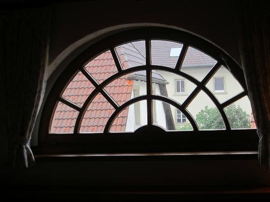 Landgasthof Hirschen Birndorf: Our window under the front gable