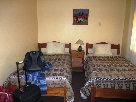 Hospedaje Turistico Recoleta: Twin bedroom