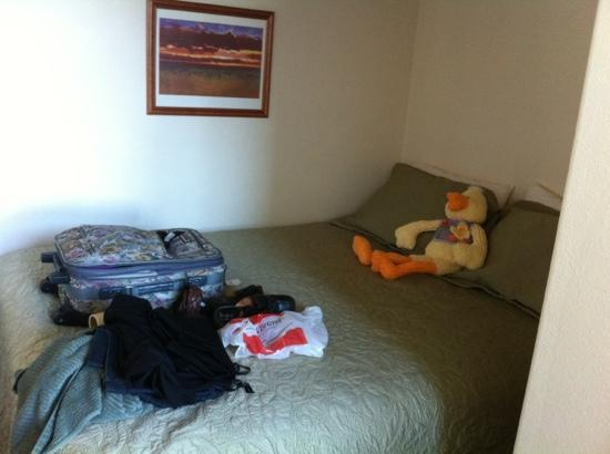 Seaside Oceanfront Inn: Extra alcove bedroom that we didn't need but perfect for families!